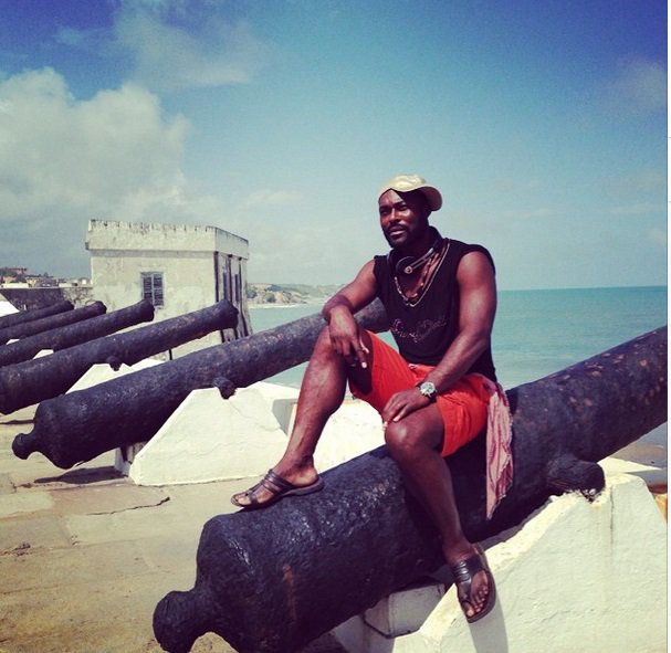 Actor Jimmy Jean-Louis visits Cape Coast Castle…