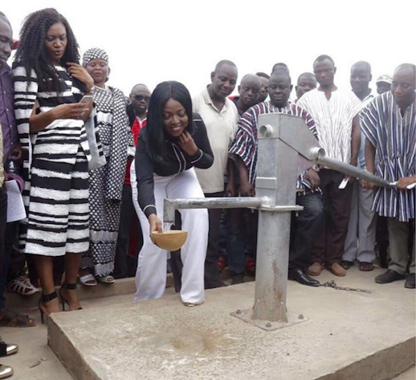Celebs Who Give Back: Yvonne Okoro commissions Borehole For Wungu…